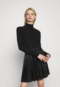 Even&Odd - T-shirt à manches longues - black - 0