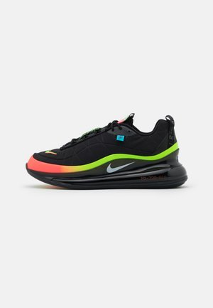 MX-720-818 UNISEX  - Matalavartiset tennarit - black/white/green strike/flash crimson/blue fury/off noir