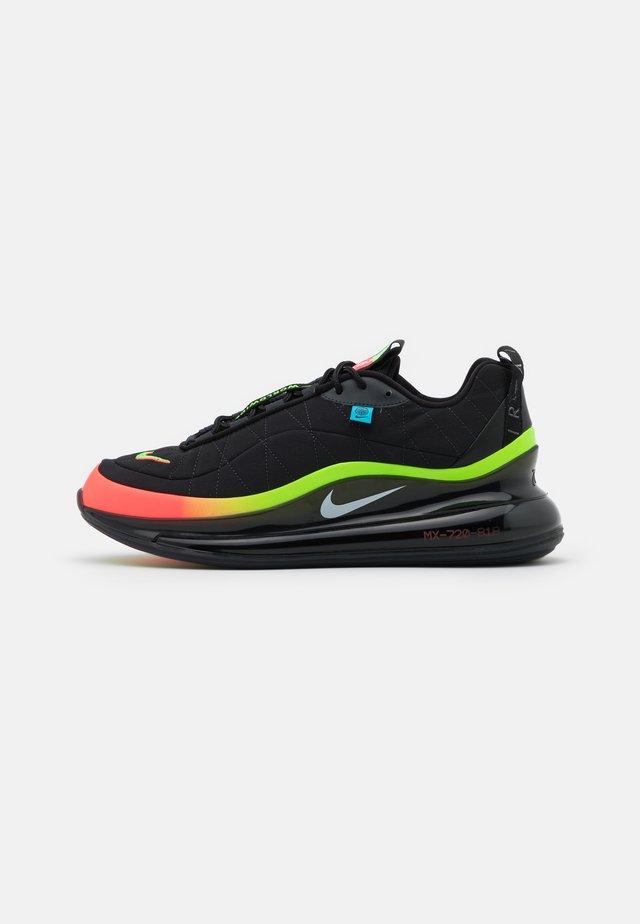 MX-720-818 UNISEX  - Sneakersy niskie - black/white/green strike/flash crimson/blue fury/off noir