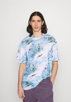 TOXIC TEXTURE TEE - Print T-shirt - multi