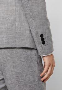 Antony Morato - SLIM JACKET BONNIE PANTS  - Oblek - grey melange - 10
