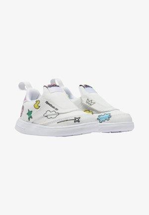 CLUB C SLIP ON IV ENERGY - Sneakers laag - white