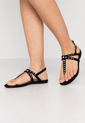 MORA - Sandály s odděleným palcem - black