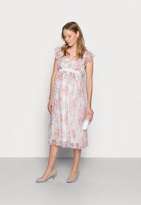 Anaya with love Maternity - DEEP MIDI DRESS WITH WAISTBAND - Day dress - WHITE WATER COLOUR - 1