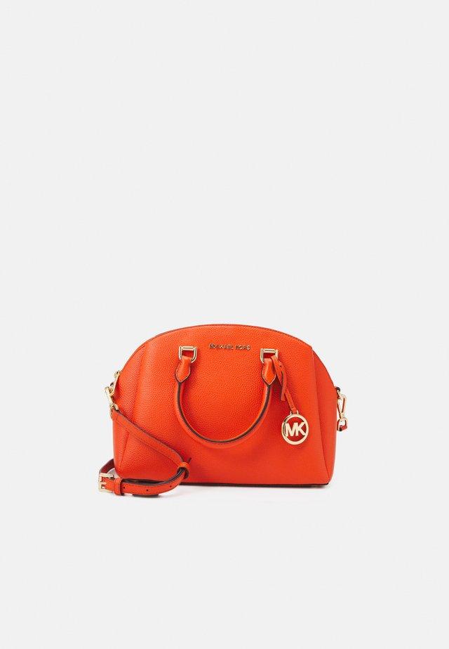MAXINE DOME SATCHEL - Handbag - clementine