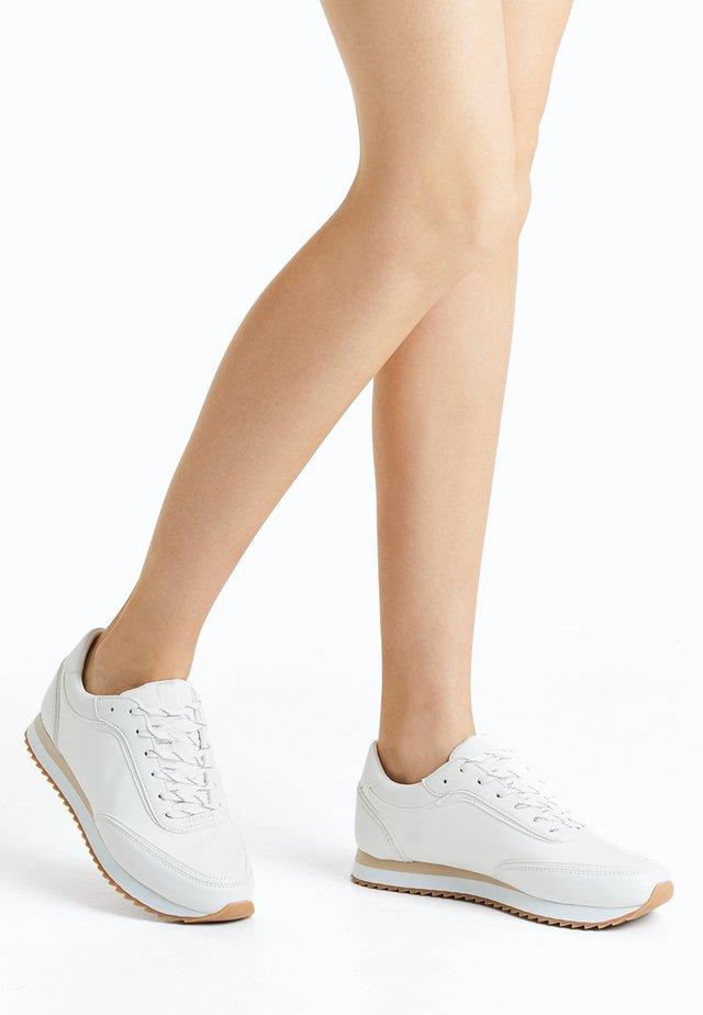 Scarpe da fitness - white