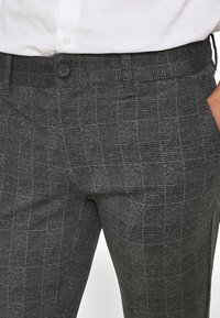 Only & Sons - ONSMARK CHECK PANTS - Trousers - black - 4