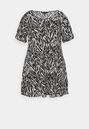 PUFF SLEEVE SWING DRESS - Žerzejové šaty - black