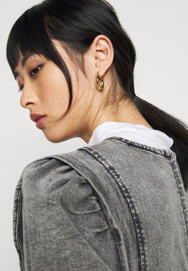 NMLISA PUFF SLEEVE DRESS - Trikoomekko - medium grey denim