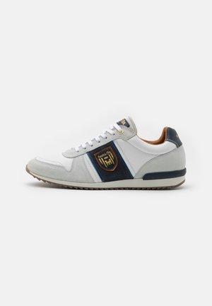 UMITO UOMO - Sneakers laag - bright white