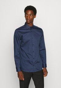 Jack & Jones PREMIUM - JPRBLAROYAL - Kostymskjorta - navy blazer - 0