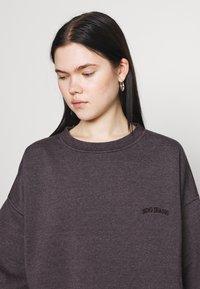 BDG Urban Outfitters - CREWNEWCK  - Sweatshirt - grape - 4