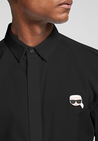 KARL LAGERFELD - IKONIK  - Shirt - black - 4