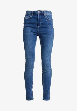 PINE TROUSERS - Jeans Skinny Fit - denim blue