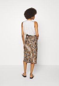 Opus - RAJA  - Pencil skirt - creamy camel - 2