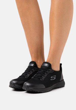 SQUAD  - Zapatillas - black