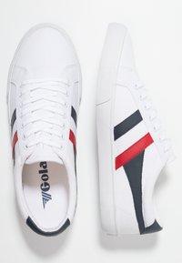Gola - VARSITY VEGAN - Sneakersy niskie - white/navy/red - 1