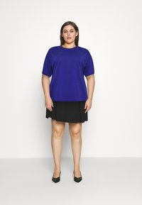 Anna Field Curvy - Basic T-shirt - blue - 0