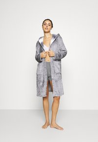 Loungeable - RACOON HOODED ROBE - Dressing gown - grey - 1