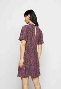 New Look Petite - KONSTANTINE UPDATE MINI - Day dress - pink pattern - 2
