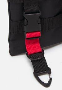 HXTN Supply - WARRANT STASH BAG UNISEX - Across body bag - black - 5