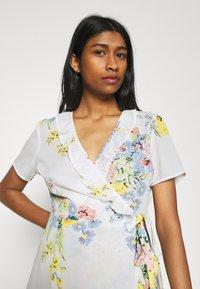 ONLY - ONLALMA LIFE WRAP DRESS - Day dress - cloud dancer/summer botanic - 3