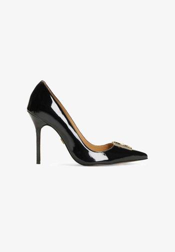 High heels - black