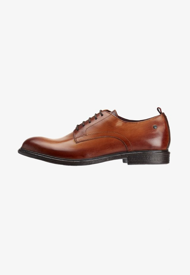 MARL WASHED - Derbies & Richelieus - tan