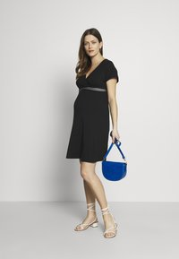 Balloon - NURSING WRAP DRESS - Vestito di maglina - black - 1
