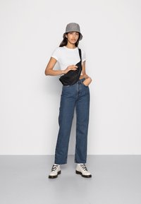 BDG Urban Outfitters - PAX - Relaxed fit jeans - dark vintage - 1
