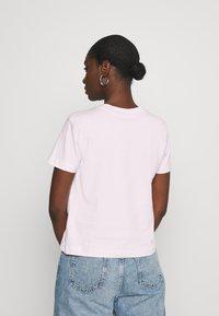 Calvin Klein Jeans - SHRUNKEN INSTITUTIONAL TEE - Print T-shirt - pearly pink - 2