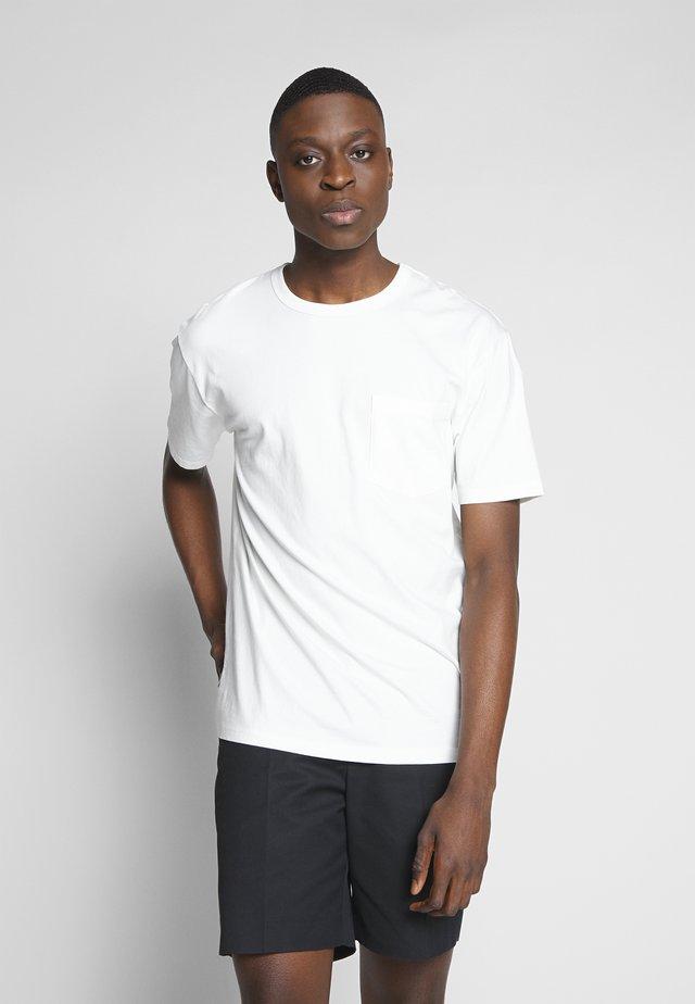 HARIS  - T-shirt basique - broken white