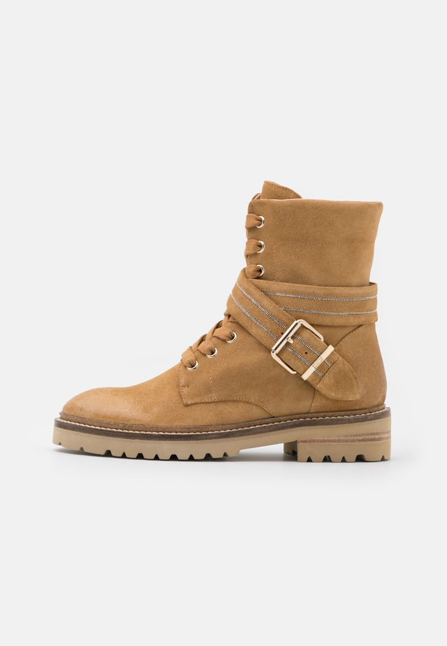 SLIM CHAIN ROAD - Veterboots - sand