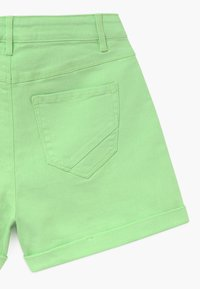 LMTD - NLFATONES MOM  - Short en jean - paradise green - 3
