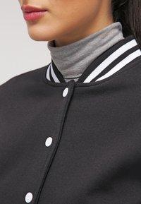 Urban Classics - Bomber Jacket - black/white - 4