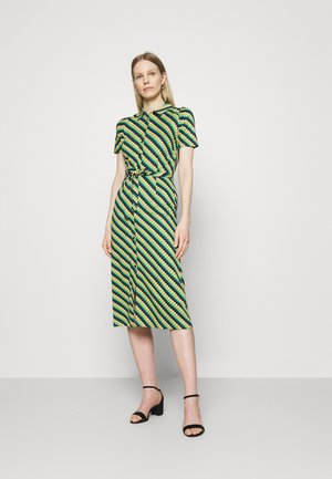 ROSIE DRESS DAZE - Žerzejové šaty - eden green
