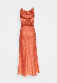 Glamorous - PALOMA MIDI DRESS - Cocktailkjole - orange - 1