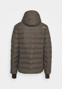 Brunotti - SAXON MENS SNOWJACKET - Snowboardová bunda - pine grey - 9