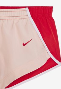 Nike Performance - DRY SPRINTER SHORT - Sports shorts - washed coral/track red/white - 3