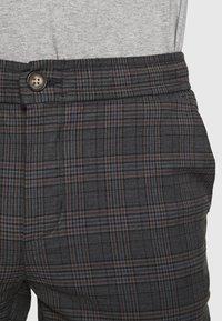 Redefined Rebel - KING PANTS - Kalhoty - dover check - 5