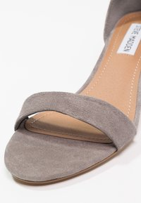 Steve Madden - IRENEE - Sandals - grey - 6