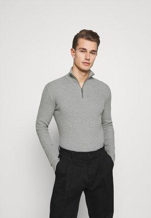 COSY TROYER - Jersey de punto - light soft grey melange