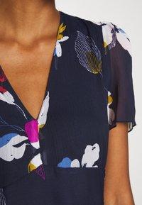 Vero Moda - V NECK DRESS - Kjole - eclipse - 6