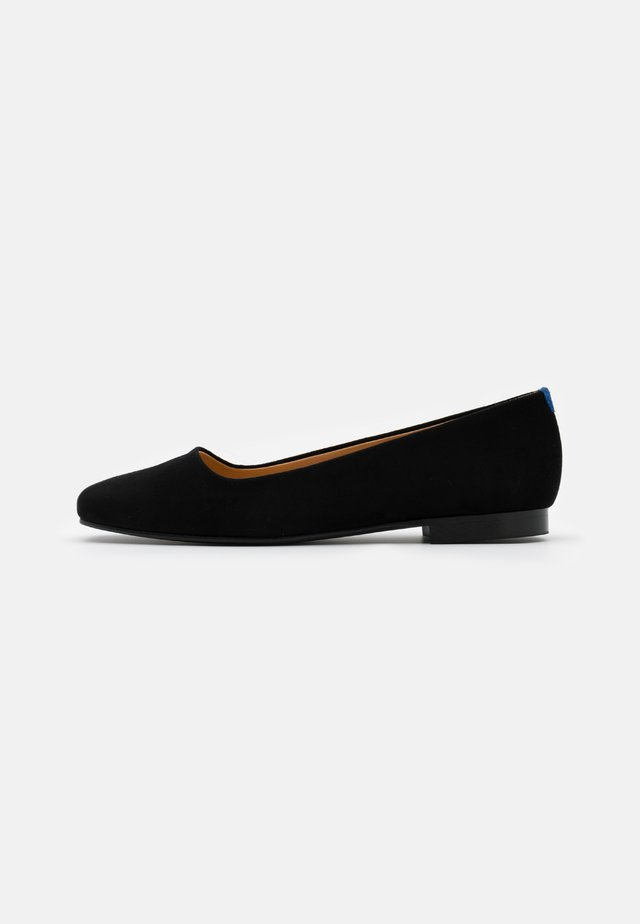 SQUARE TONGUE - Klassischer  Ballerina - black
