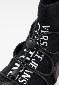 Versace Jeans Couture - High-top trainers - nero - 2