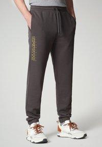 Napapijri - MALLAR - Tracksuit bottoms - dark grey solid - 0