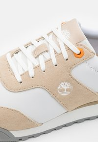 Timberland - MIAMI COAST - Trainers - white/full grain - 5