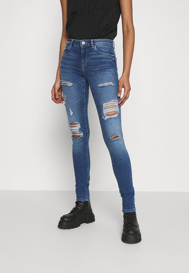 ONLCARMEN LIFE  - Skinny džíny - medium blue denim