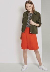 TOM TAILOR - Button-down blouse - black wavy design - 1