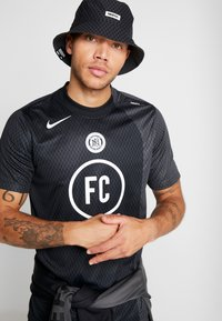 Nike Performance - FC AWAY - Print T-shirt - black/anthracite/white - 3